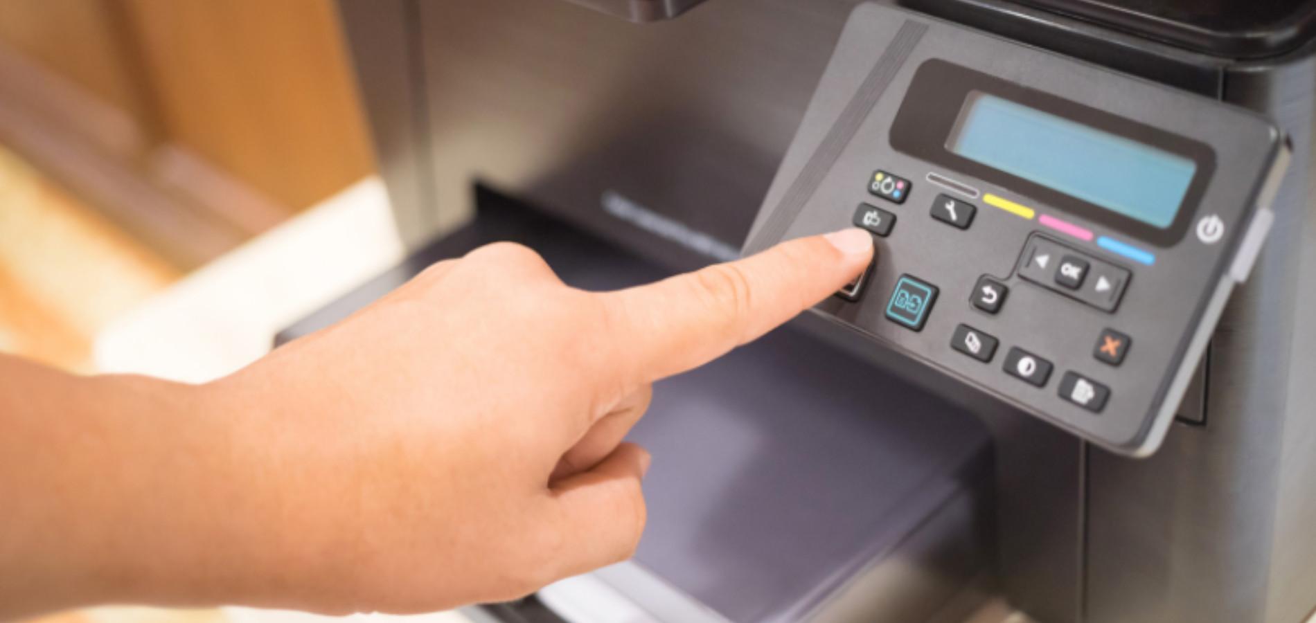Druckaufträge können Sie am Gerät oder auf in der Warteschleife löschenlöschen