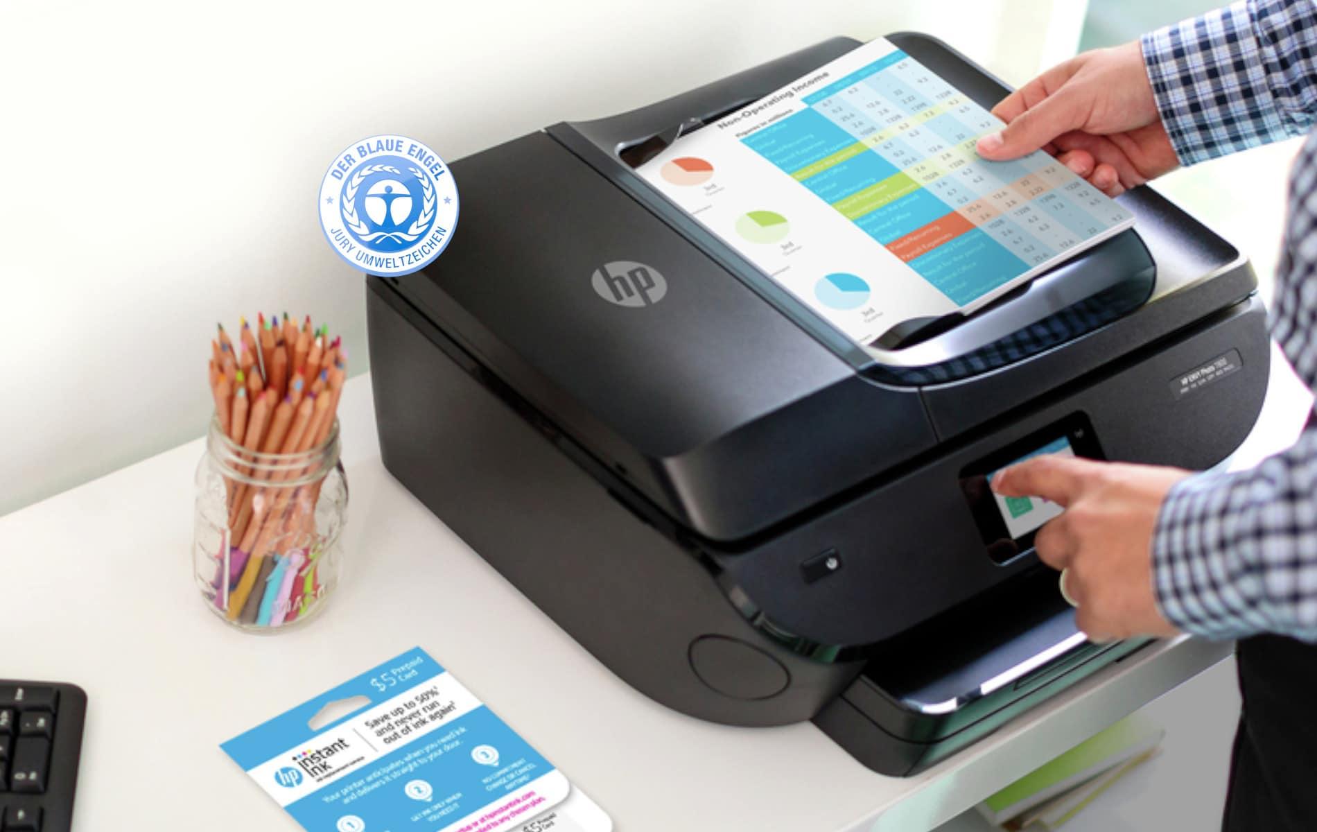"""Besitzt ein Drucker oder Kopierer das Gütesiegel """"Blauer Engel"""", so kann der Kunde sicher sein, dass dieser die strengen Auflagen des Umweltbundesamtes erfüllt."""